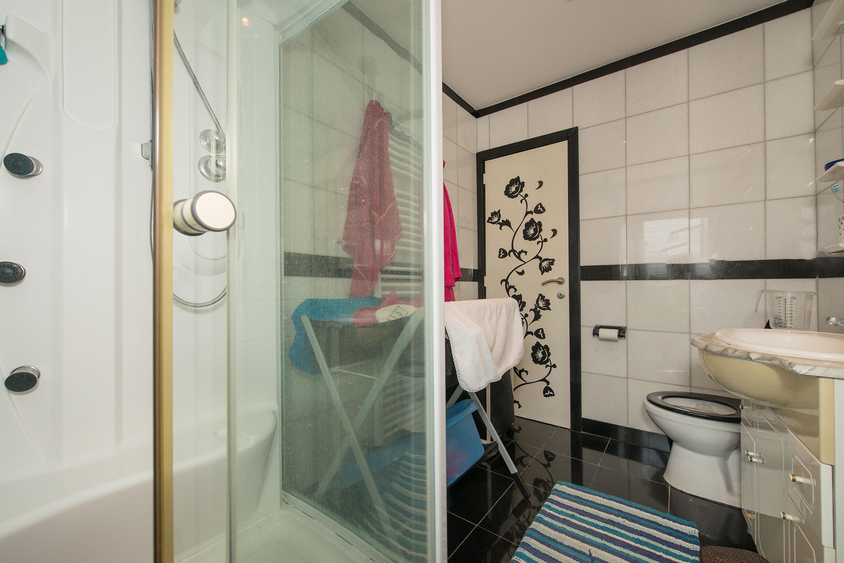 nl funvit badkamer in kelder