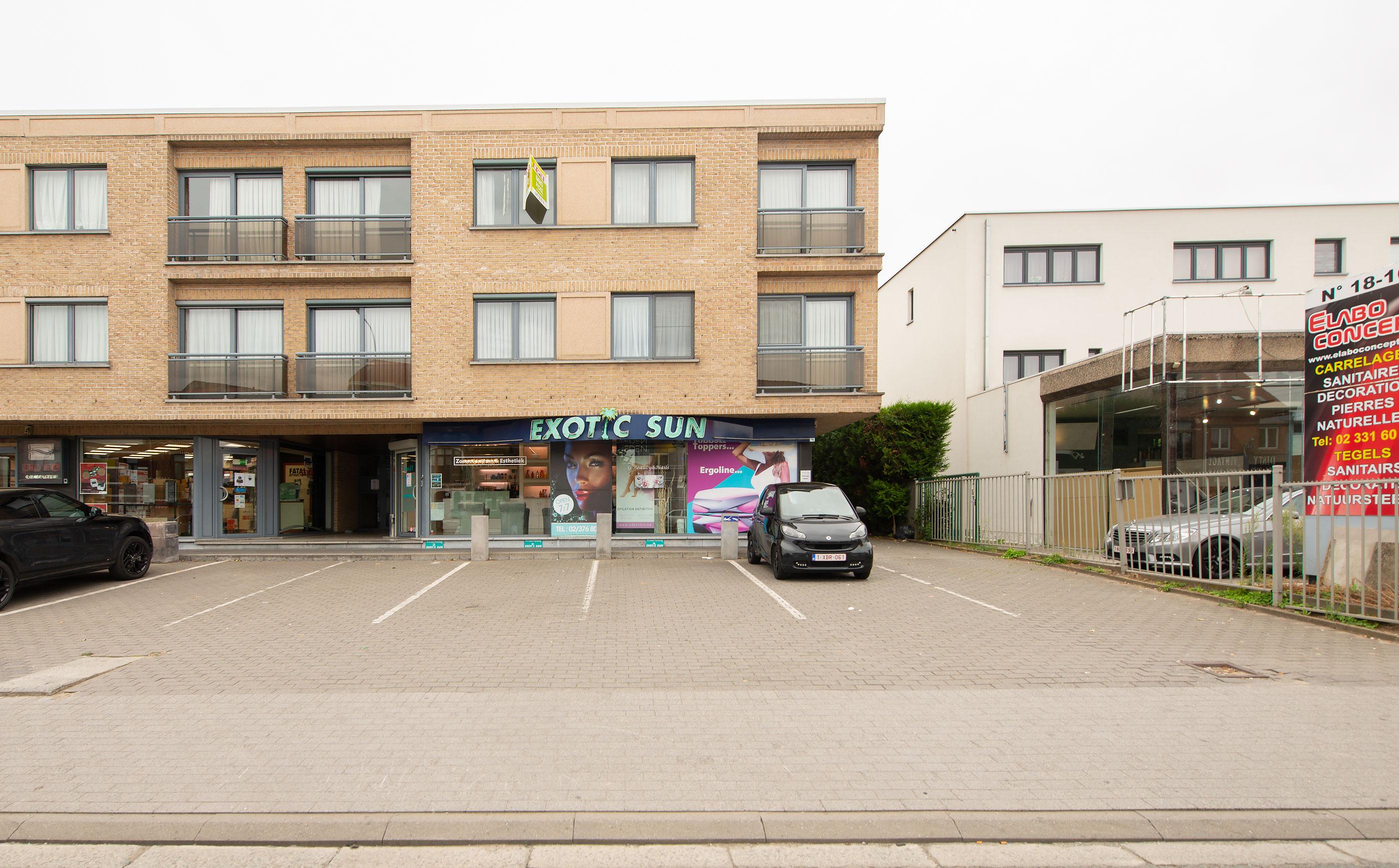 Bergensesteenweg 24, 1600 Sint-Pieters-Leeuw